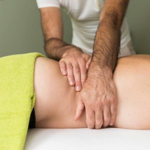 Massage dos nuque visage