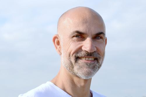 Denis Gaugendeau praticien de massage bien-être