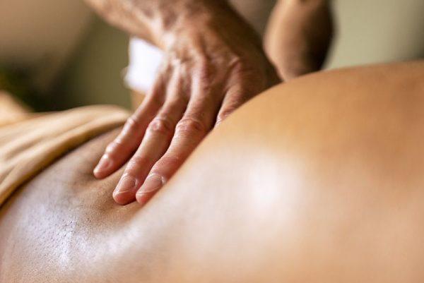 Massage du ventre